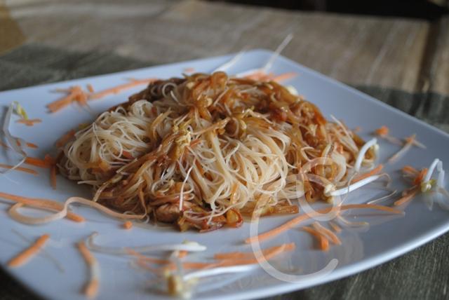 Spaghetti di riso o di soia con verdure la cucina incantata for Lecitina di soia in cucina